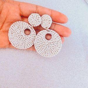 Summer Fun😎 White Beaded Earrings brand new